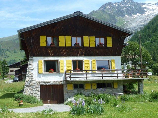 Location chalet les aiguilles vall e de chamonix for Chambre 9 chamonix